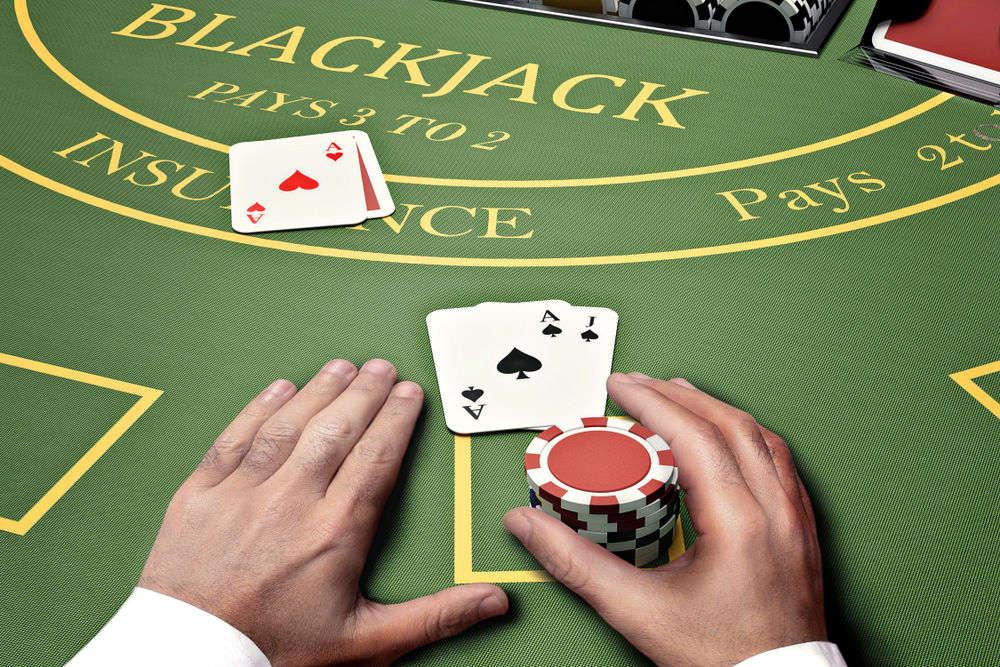 Blackjack krupiér